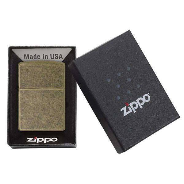 https://zippoxin.com/wp-content/uploads/2018/08/Bat-lua-zippo-dong-gia-co-201fb4.jpg