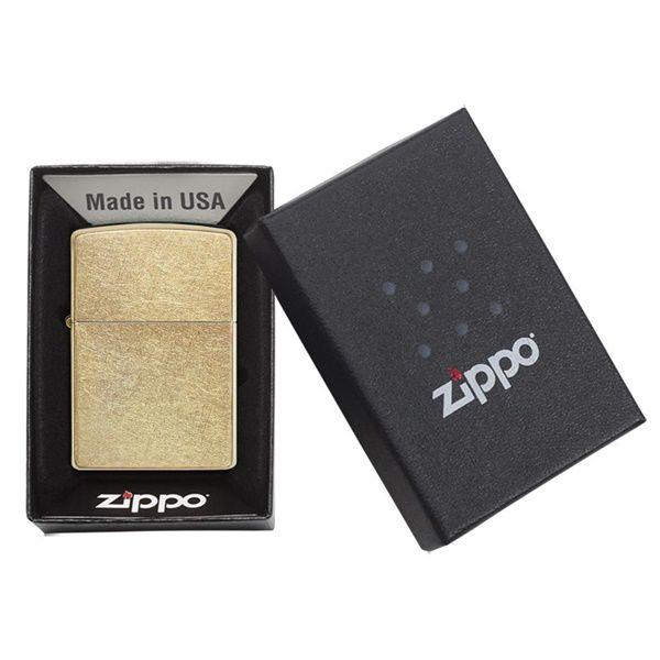 https://zippoxin.com/wp-content/uploads/2018/08/bat-lua-zippo-phu-xi-bui-vang-207G4.jpg