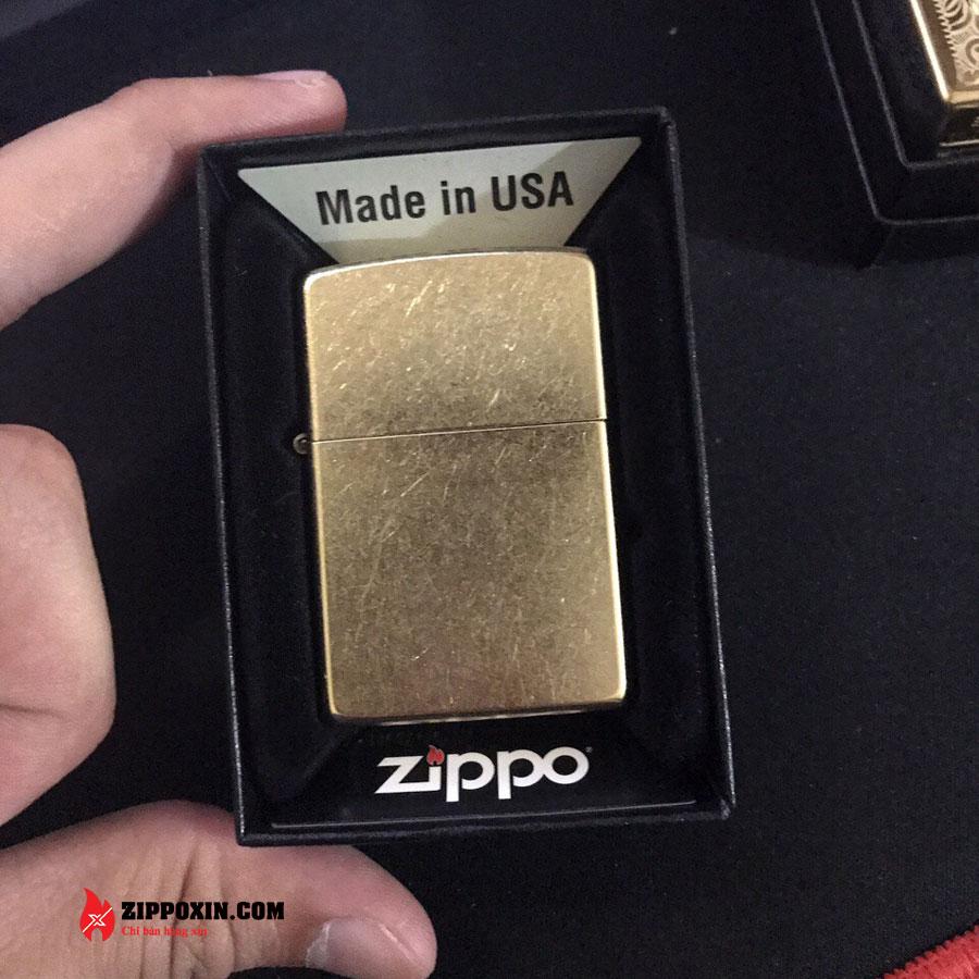 Bật lửa Zippo phủ xi bụi vàng 207G-4