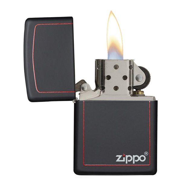 https://zippoxin.com/wp-content/uploads/2018/08/bat-lua-zippo-son-tinh-dien-den-vach-do-218ZB.2.jpg