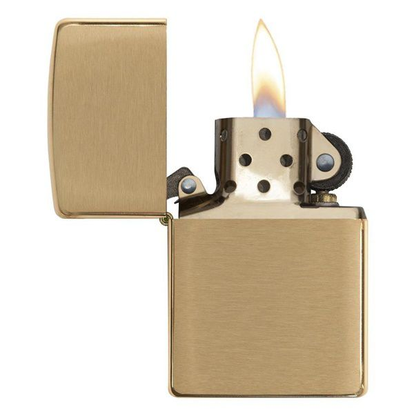 https://zippoxin.com/wp-content/uploads/2018/08/bat-lua-zippo-vang-xuoc-Burushed-Brass-204B2.jpg