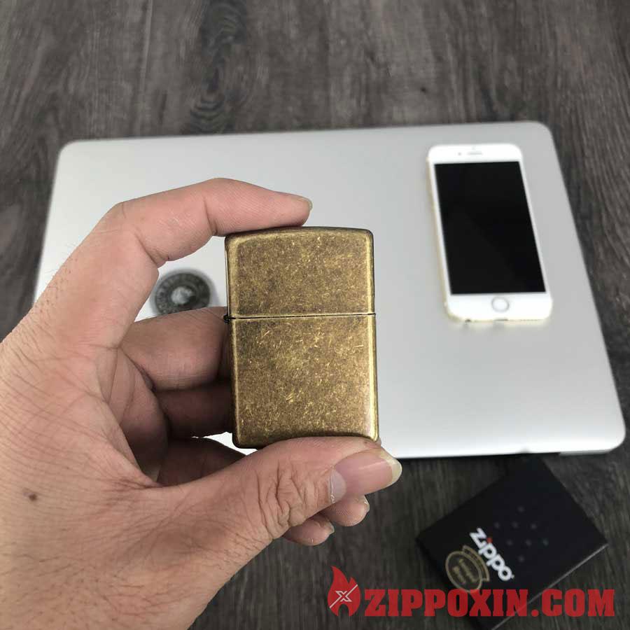 Hộp quẹt Zippo vỏ đồng giả cổ 201FB 1