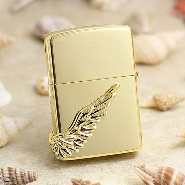 https://zippoxin.com/wp-content/uploads/2018/09/bat-lua-zippo-canh-thien-than-phien-ban-limited-PAW-118GG.1.jpg