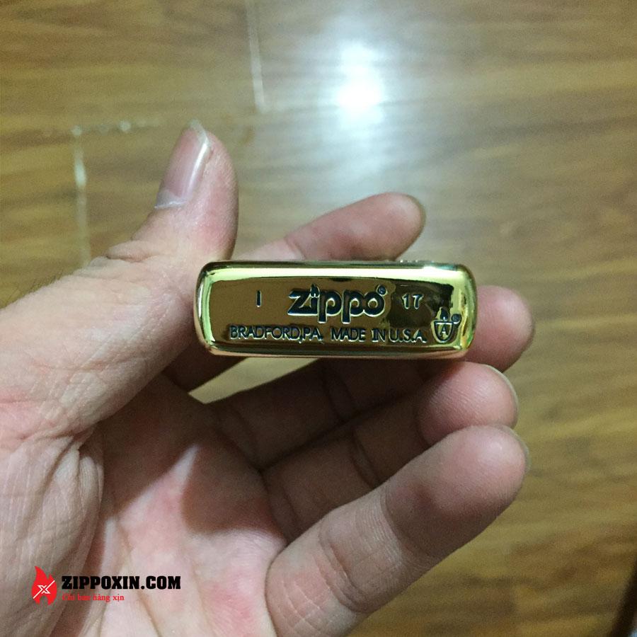 Bật lửa Zippo Limited khắc nổi hoa văn cổ màu đồng đốt ZBT-3-20A-3