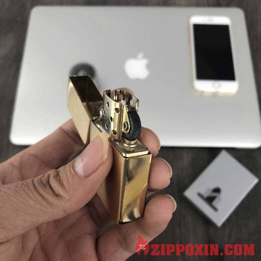 Bật lửa zippo Replica 1941B Rushed Brass vàng 8