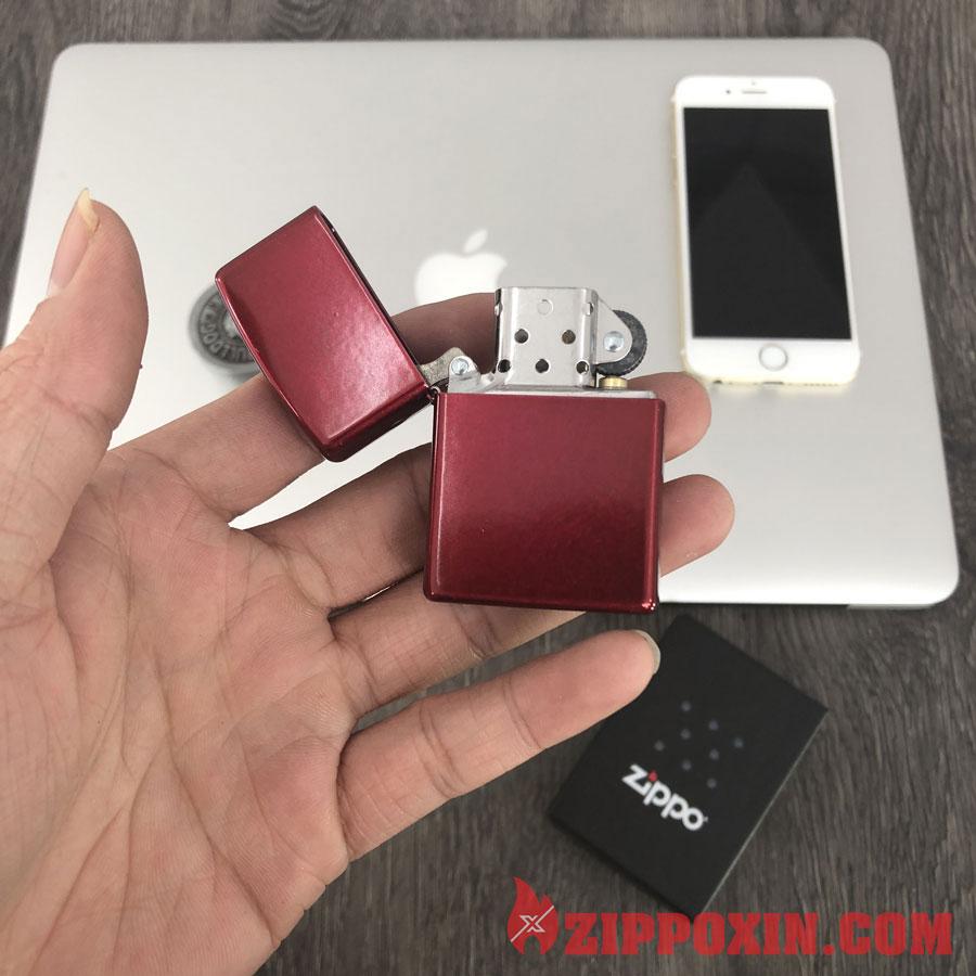 Hộp quẹt Zippo sơn tĩnh điện bóng Candy apple red 21063 7