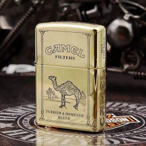 Zippo đồng khối họa tiết vỏ bao thuốc Camel - ZP32