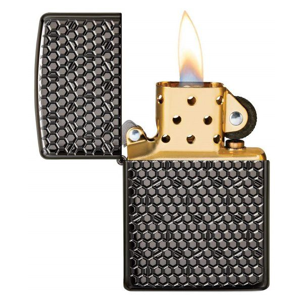 https://zippoxin.com/wp-content/uploads/2020/04/Zippo-vo-day-hoa-tiet-luc-giac-Hexagon-Design-49021.2.jpg