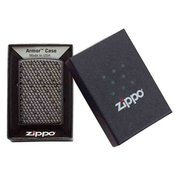 https://zippoxin.com/wp-content/uploads/2020/04/Zippo-vo-day-hoa-tiet-luc-giac-Hexagon-Design-49021.4.jpg