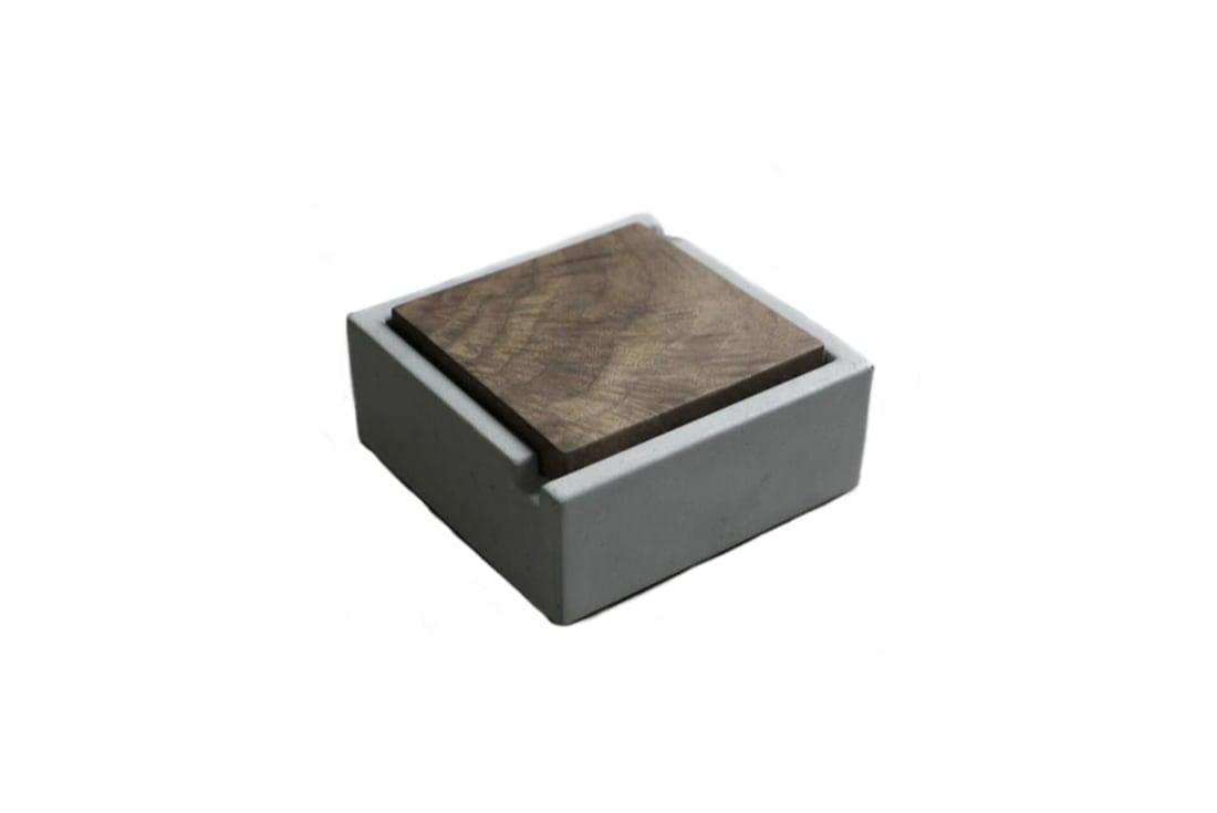 Gạt tàn thuốc lá Concrete & Wood Cover