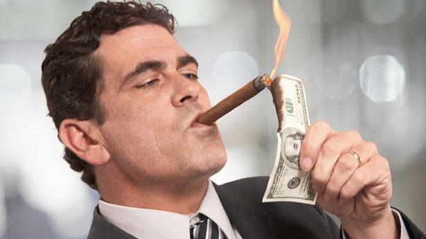 Có nên châm xì gà bằng bật lửa Zippo hay không?